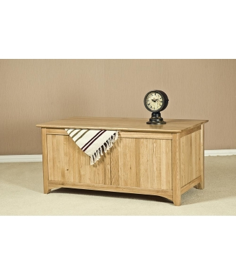 Fortune Woods Turpelo Oak Blanket Box