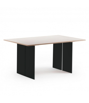 Conarte Vertigine + Iron Oak Table (4 Iron Legs)