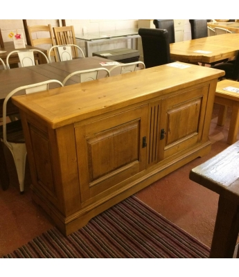 Carennac 2 Door Wide Oak Sideboard
