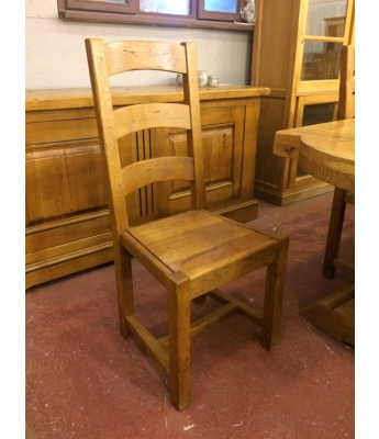 Set of 8 French Oak Chairs (Wooden Pad)